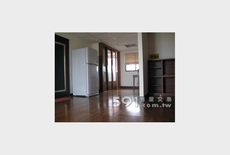新竹租屋,東區租屋,整層住家出租,客廳1