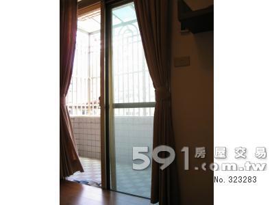 房間(二):親子房、連接陽台採光佳