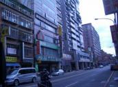 板橋後站商圈寬敞70坪辦公室