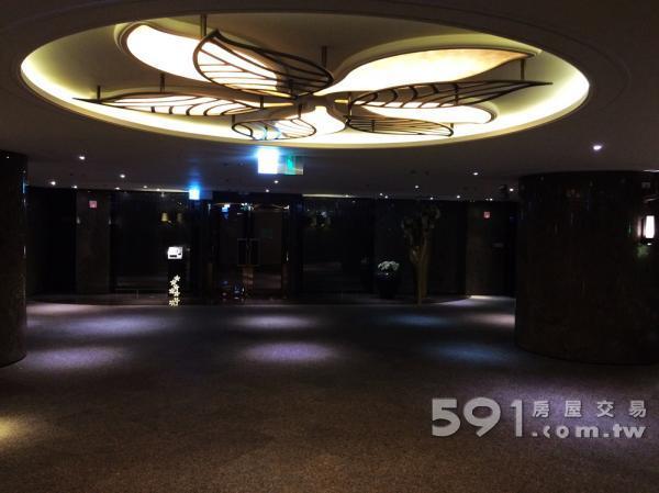 飯店級第二門廳