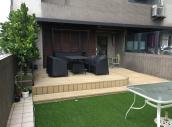 另擁有16坪水岸露臺,塑木草皮休閒雅緻
