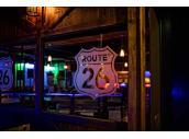 26號公路美式酒吧旅店,近墾丁小杜包子