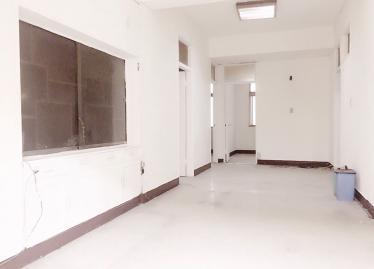 台北買屋,信義買房子,住宅出售,客廳空間寬敞採光佳